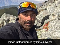 Sunny Deol Asked To Co-Star In Amitabh Bachchan's <I>Aankhen 2</I>