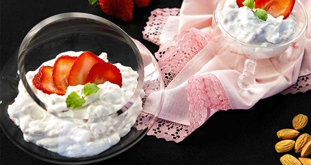 Almond Strawberry Cream