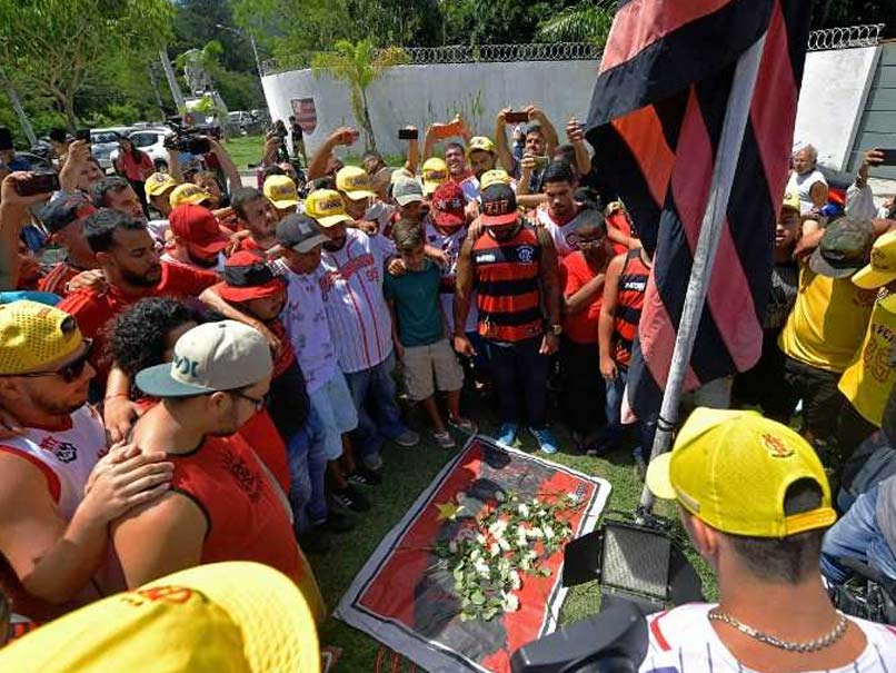Flamengo Fire Victims Were All Aged Between 14 And 17