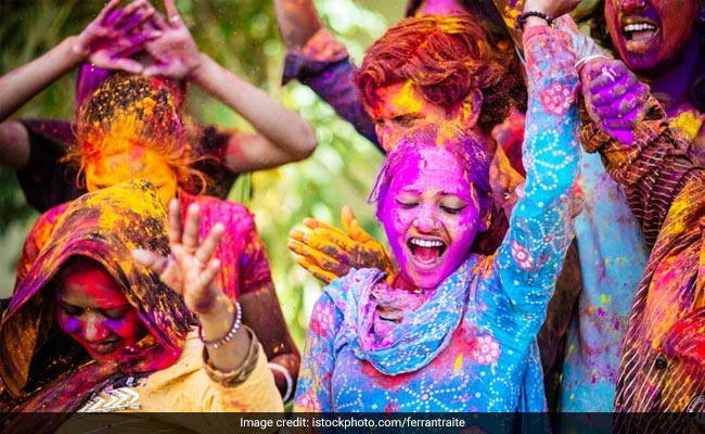 Holi 2019: 5 Traditional Foods To Enjoy On Holi