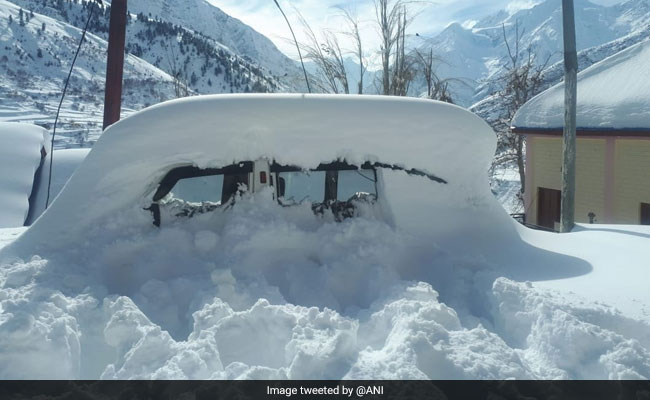 Himachal Pradesh Likely To Witness Heavy Snowfall Tomorrow