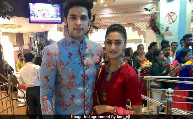Trending Pics From Kasautii Zindagii Kay Stars Erica Fernandes And Parth Samthaan's Visit To Siddhivinayak Temple