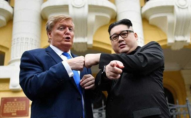 Trump, Kim Jong Un Impersonators Stage 'Meeting' In Hanoi, Warned by Cops