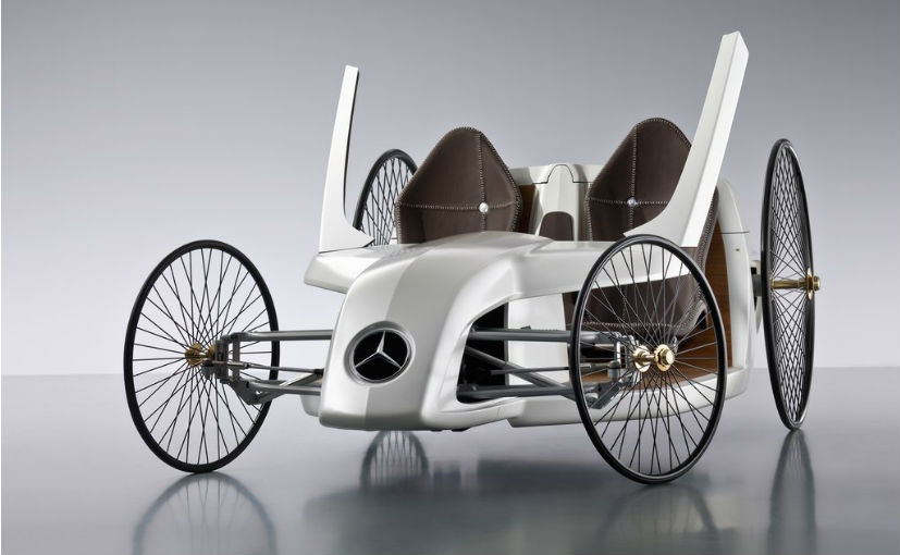 It's not clear as to which vehicle will carry the Mercedes-Benz O-Class moniker