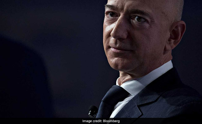 Bezos's girlfriend shared his texts, photos with friends before Enquirer leak