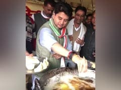 Don't Like <i>Pakoda</i>? Jyotiraditya Scindia's <i>Samosa</i> Dig At Jobs Report