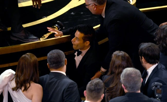 Rami Malek Falls Off Stage Following Best Actor Win