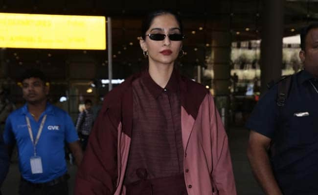 Here's How To Wear Statement Sunglasses Like Sonam Kapoor. 5 Glam Options