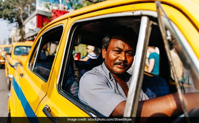Kumbh 2019: कुंभ तीर्थयात्रियों को आने-जाने में अब नही होगी दिक्कत, शुरू हुई कैब सेवा