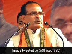 "Shivraj Chouhan Slams ""Panicked"" Digvijaya Singh After He Misses Voting"