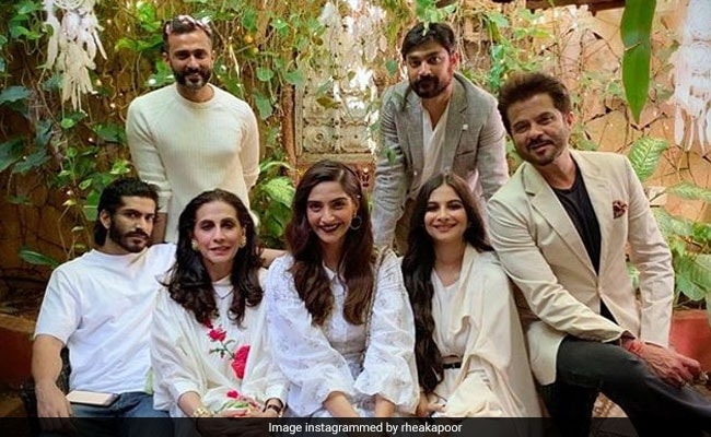 What Sonam Kapoor Has To Say About Rhea And Karan Boolani's Relationship
