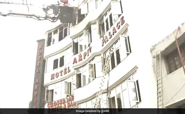 Little one Amongst 17 Killed In Fireplace At Delhi Lodge, 2 Jumped From Terrace - NDTV Information - lodge, little, killed, jumped, fireplace, delhi, amongst
