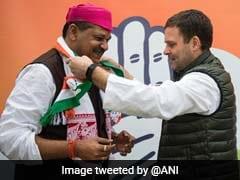 राहुल गांधी की मौजूदगी में कांग्रेस में शामिल हुए बीजेपी से निलंबित सांसद कीर्ति आजाद