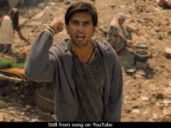 <I>Gully Boy</i> Box Office Collection Day 4: Ranveer Singh's Film Scores Like There's No Tomorrow, At Over Rs 72 Crore Now