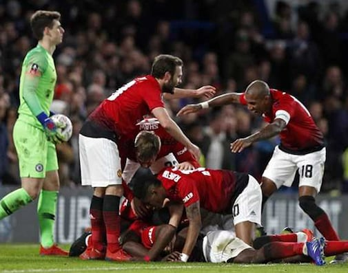 Sarri On The Brink As Pogba Fires United Into FA Cup Last 8