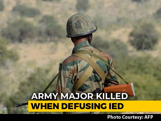 Video : Army Major Killed While Defusing Bomb In Jammu And Kashmir's Rajouri