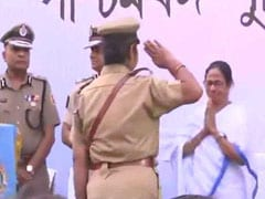Amid Protest, Mamata Banerjee Goes To Another Stage, Gives Awards To Cops