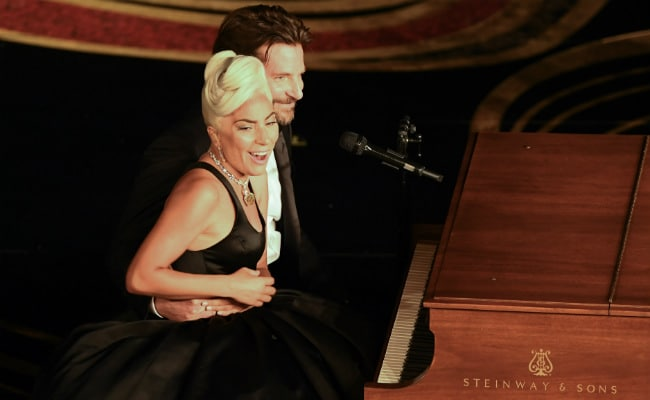 Oscars 2019: Lady Gaga And Bradley Cooper's Live Performance Of Shallow Got Standing Ovation Twice