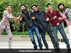 Madhuri Dixit's <i>Total Dhamaal</i> Response To Ajay Devgn's ROFL Pic And Caption