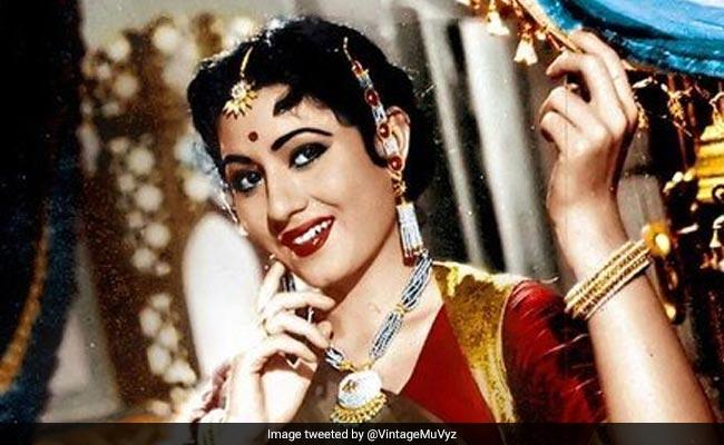 Today's Google Doodle Madhubala: 'मुमताज' से मधुबाला और ऐसे बनीं बॉलीवुड की 'सौंदर्य देवी', गूगल ने बनाया डूडल- देखें Photo