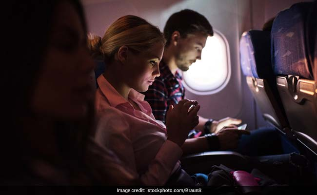 'Creepy' napkins handed to airplane passengers prod them to flirt