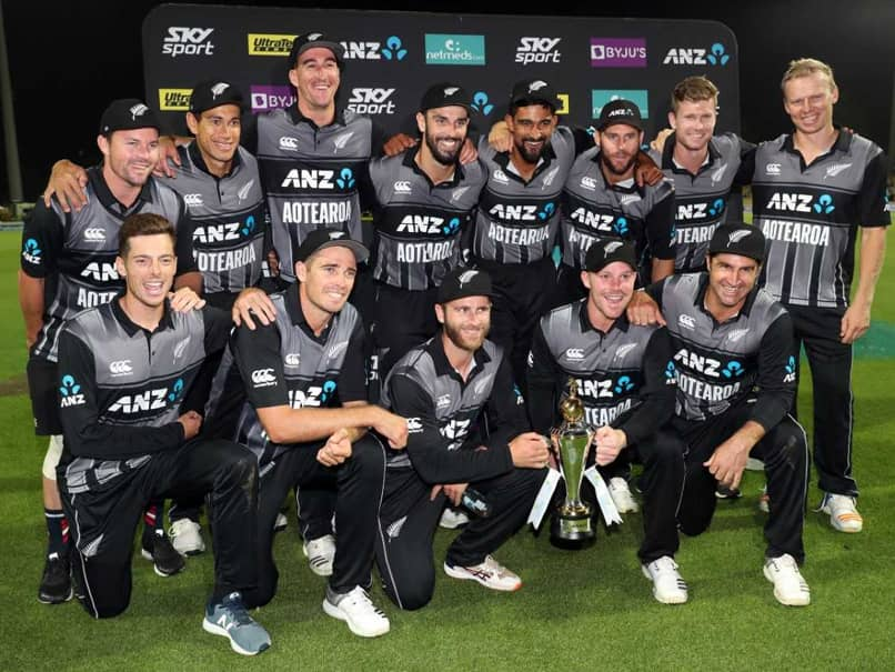 New Zealand Survive Indias Late Onslaught To Clinch T20I Series 2-1