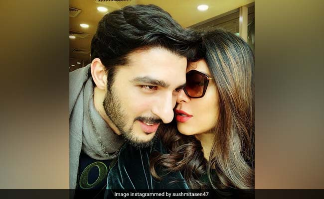 'Sush, They're Looking!': Sushmita Sen Posts Loved-Up Pic With Rohman Shawl