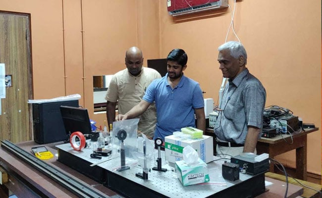 In A First , IIT Madras Researchers Generate Lasers From Carrots