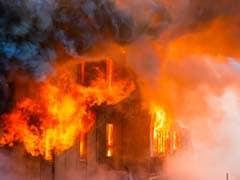 Kumbh 2019: गोरखनाथ अखाड़े में लगी भयानक आग, कोई जनहानि नहीं
