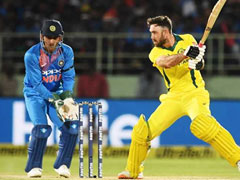 India vs Australia: Glenn Maxwell Comes To MS Dhoni