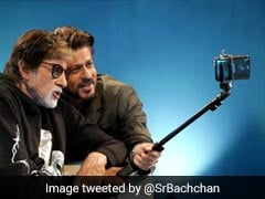 Badla: Seen This Selfie Of 'Producer' Shah Rukh Khan And 'Employed' Amitabh Bachchan Yet?