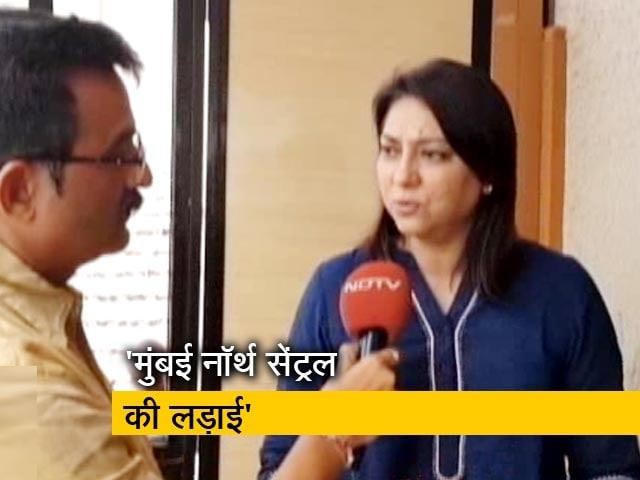 Video : एक बार फिर पूनम महाजन Vs प्रिया दत्त