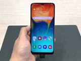 Samsung Galaxy A50, Galaxy A30 First Look