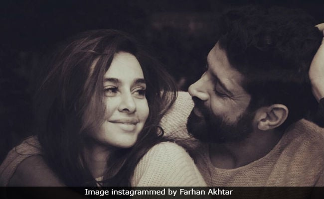 Are Farhan Akhtar And Shibani Dandekar Engaged? The Internet Thinks So