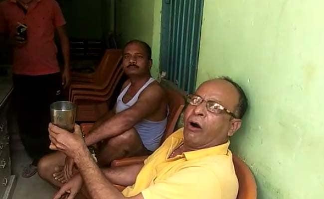 बिहार में खुली शराबबंदी की पोल, नशे में हंगामा करते दिखे बिहार पुलिस के जवान