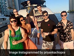 Priyanka Chopra Makes A Boatload Of Jonases Groove To Kareena Kapoor's <I>Tareefan</i>