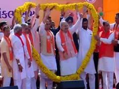 बीजेपी अध्यक्ष अमित शाह ने किया नामांकन, एनडीए ने दिखाई ताकत