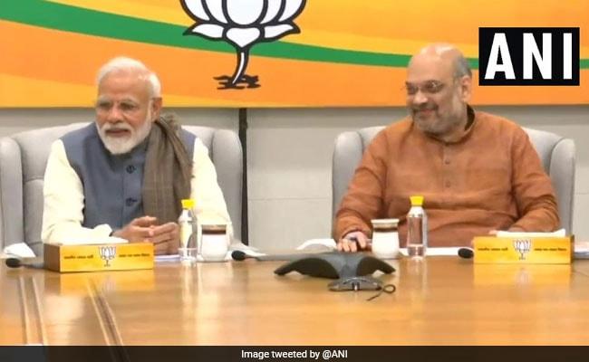 Poll Body's Notice To BJP Member Sharing Main Bhi Chowkidar Hoon Video
