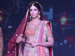 Shweta Bachchan Nanda Walked The Ramp For Abu-Sandeep And Dad Amitabh Bachchan Is Her #1 Fan