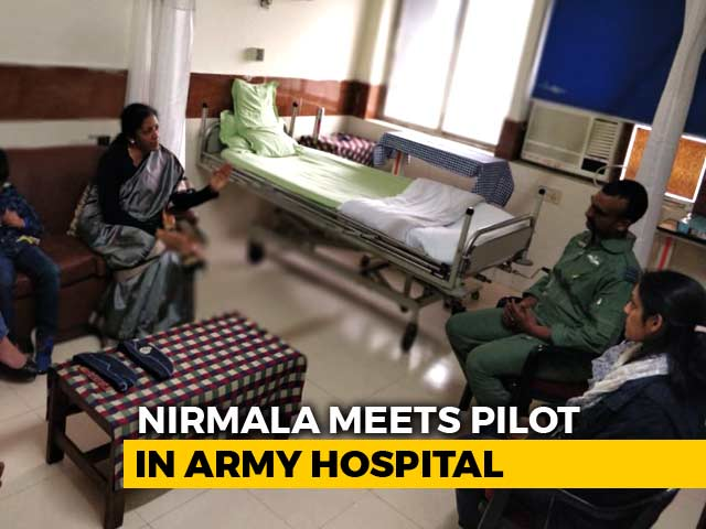 Video : Defence Minister Meets Air Force Pilot Abhinandan Varthaman In Hospital