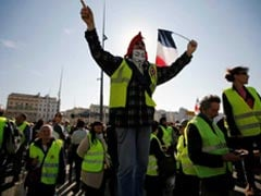 "French Police Hit With Poo Bombs At ""Yellow Vest"" Protests"
