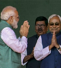 10 Takeaways From 2 Rounds Of Voting In Bihar: NDA Is Squad Goals