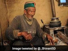 102 साल के श्याम सरन नेगी फिर करेंगे VOTE, नहीं छोड़ते पीएम मोदी की 'मन की बात' सुनने का मौका