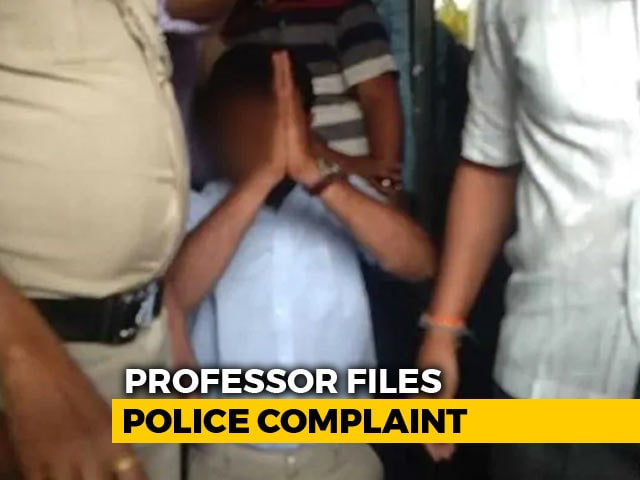 "Video : ""Not Afraid"": Professor Goes To Cops After Harassment Over India-Pak Post"
