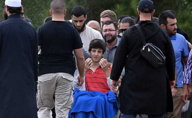 New Zealand Shooting: New Zealand Shooting Survivor, 13, Mourns As Father