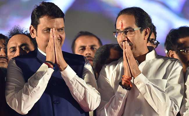 महाराष्ट्र : फडणवीस मंत्रिमंडल का विस्तार आज, शिवसेना को मिलेंगे 2 पद