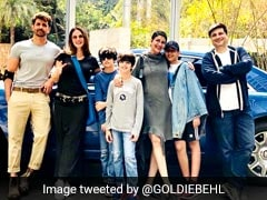 Inside Hrithik Roshan, Sussanne Khan, Sonali Bendre, Goldie Behl's Sunday Brunch Scenes