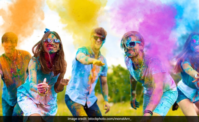 Holi 2020: When Is Holi? Date, Significance And 5 Holi Snacks You Must Try