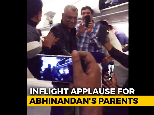 Video : Cheers, Claps For Pilot Abhinandan Varthaman's Parents On Flight To Delhi