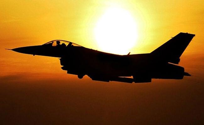 3 Russian Fighter Jets Escort US Bomber In Pacific Ocean: Report